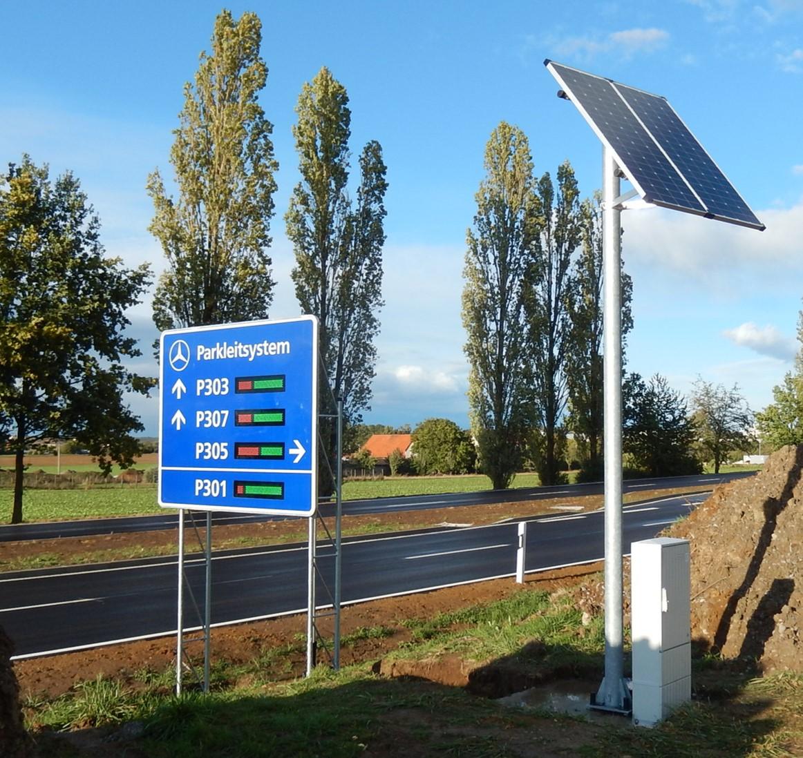 Wechselverkehrszeichen weisen frühzeitig die Parkmöglichkeiten